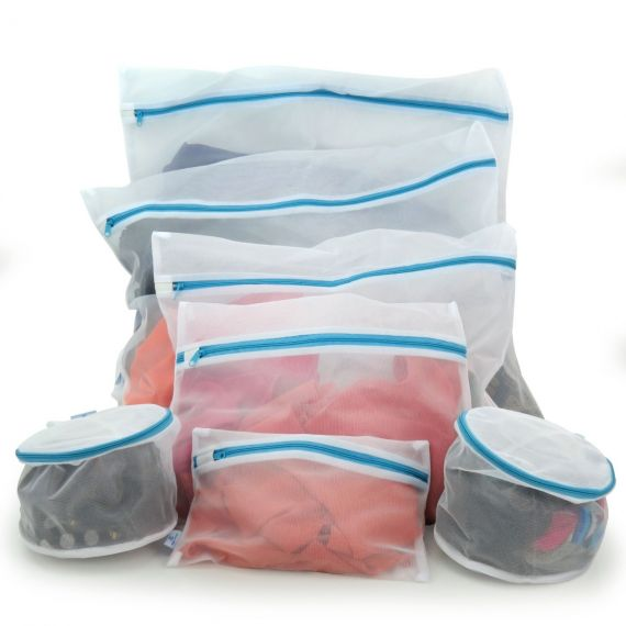 Set of 7 Mesh Laundry Bags with Zip Fastening