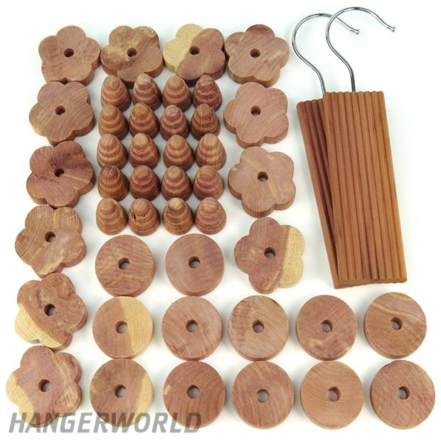 Mixed Pack of 50 Moth Repellent Cedar Wood Pieces - 440g